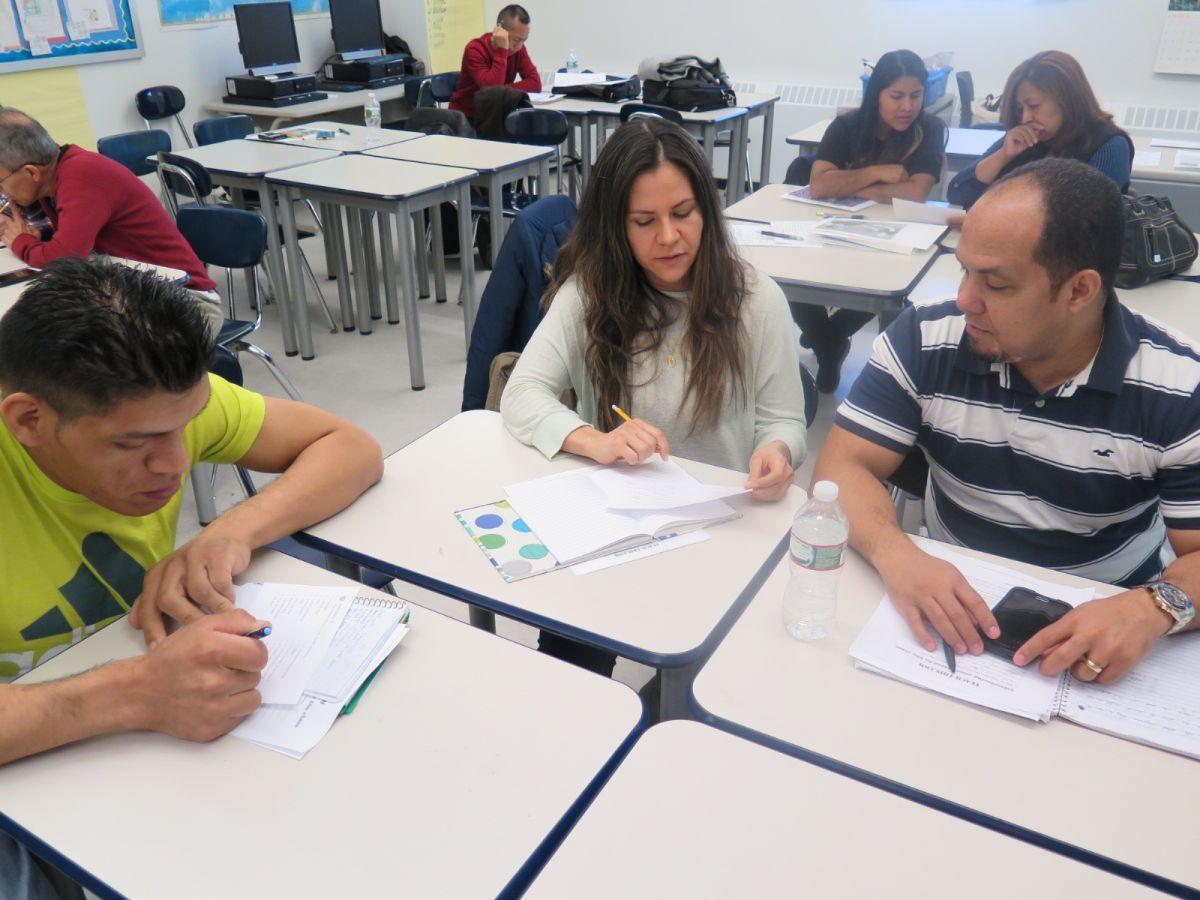 En los ocho centros que cubren toda la ciudad cada año se registra un promedio de 28,000 alumnos.