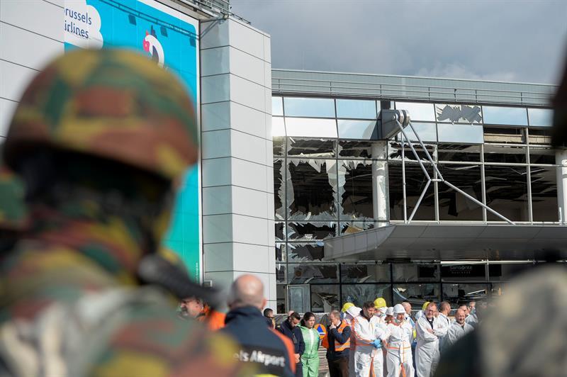 Cateos tras atentados den Bruselas.