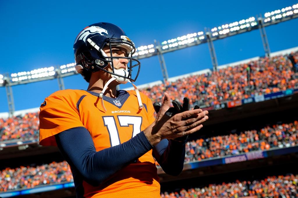 Brock Osweiler pudo haberse quedado como quarterback de los campeones Broncos, pero el miércoles decidió mudarse a Houston al fichar con los Texans.
