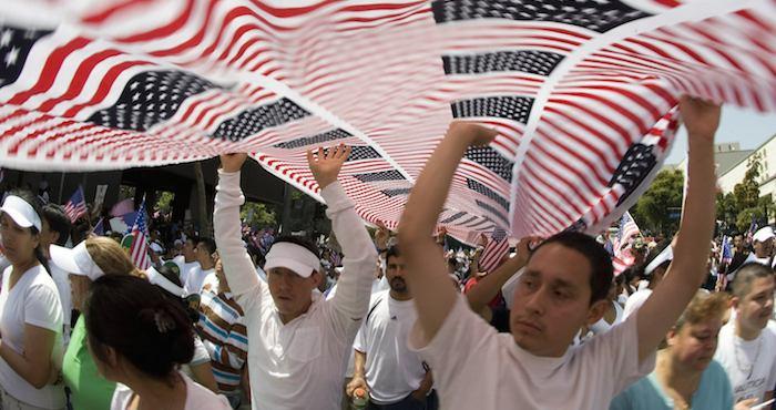 El movimiento #IAmAnImmigrant busca honrar a las familias inmigrantes que aportan al poder de Estados Unidos.