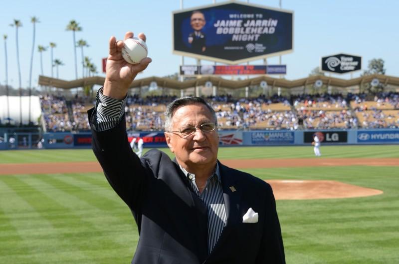 Jaime Jarrín, narrador de los juegos de Dodgers en español.