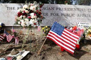 Video: Estados Unidos da su último adiós a Nancy Reagan