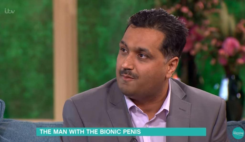 Mohammed Abad acudió a un programa de la televisión británica a explicar el funcionamiento de su miembro.