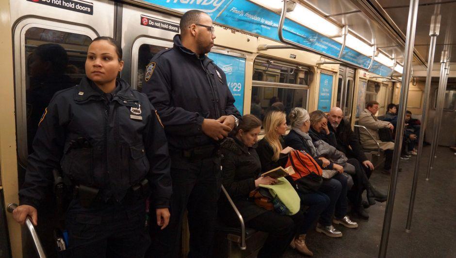 Cuomo ordena más seguridad en metro por agresiones sexuales