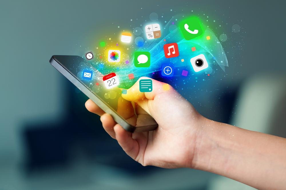 La tecnología de Beeping permite transmitir cualquier contenido que ya esté descargado sin necesidad de red WiFi o datos de internet.