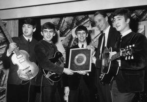 Muere George Martin, el quinto Beatle
