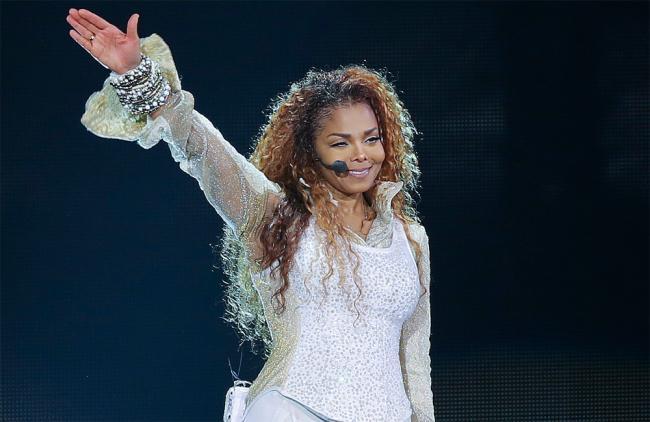 "VIDEO: ¿Se le ""cayó"" la nariz a Janet Jackson?"