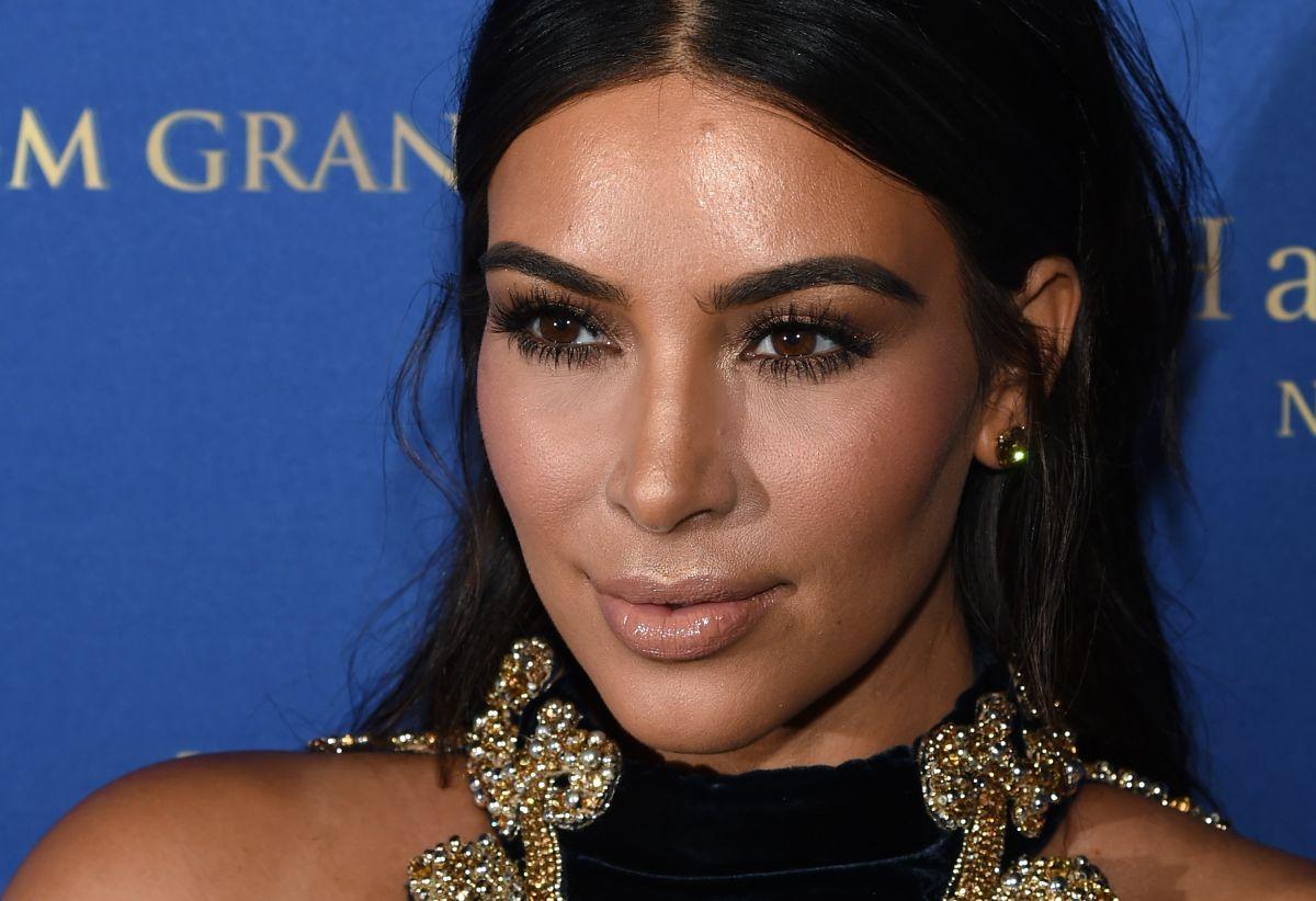 No es ninguna novedad que Kim Kardashian revolucione las redes con imágenes muy sexys... pero lo insinuante de sus últimos posts te va a sorprender.