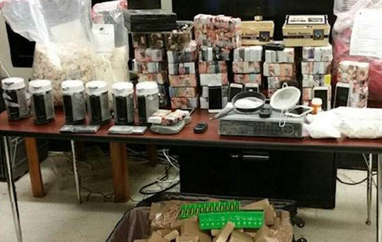Las autoridades confiscaron el material   en un apartamento en Park Terrace.