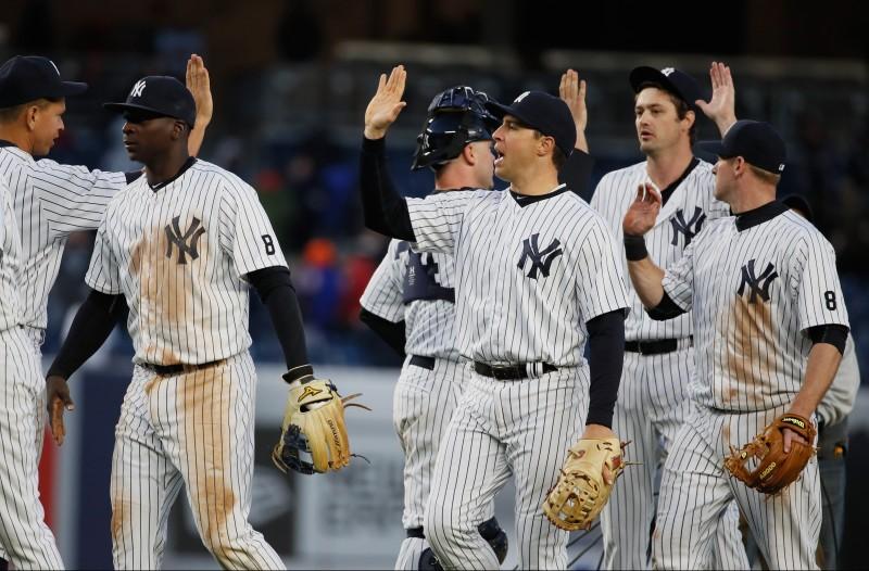 Jonrón de Teixeira da victoria a Yankees 8-5 sobre Astros