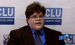 Corte de Virginia respalda a transgénero para que use baños masculinos