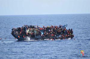 Temen muerte de 900 migrantes en últimos días en el Mediterrráneo
