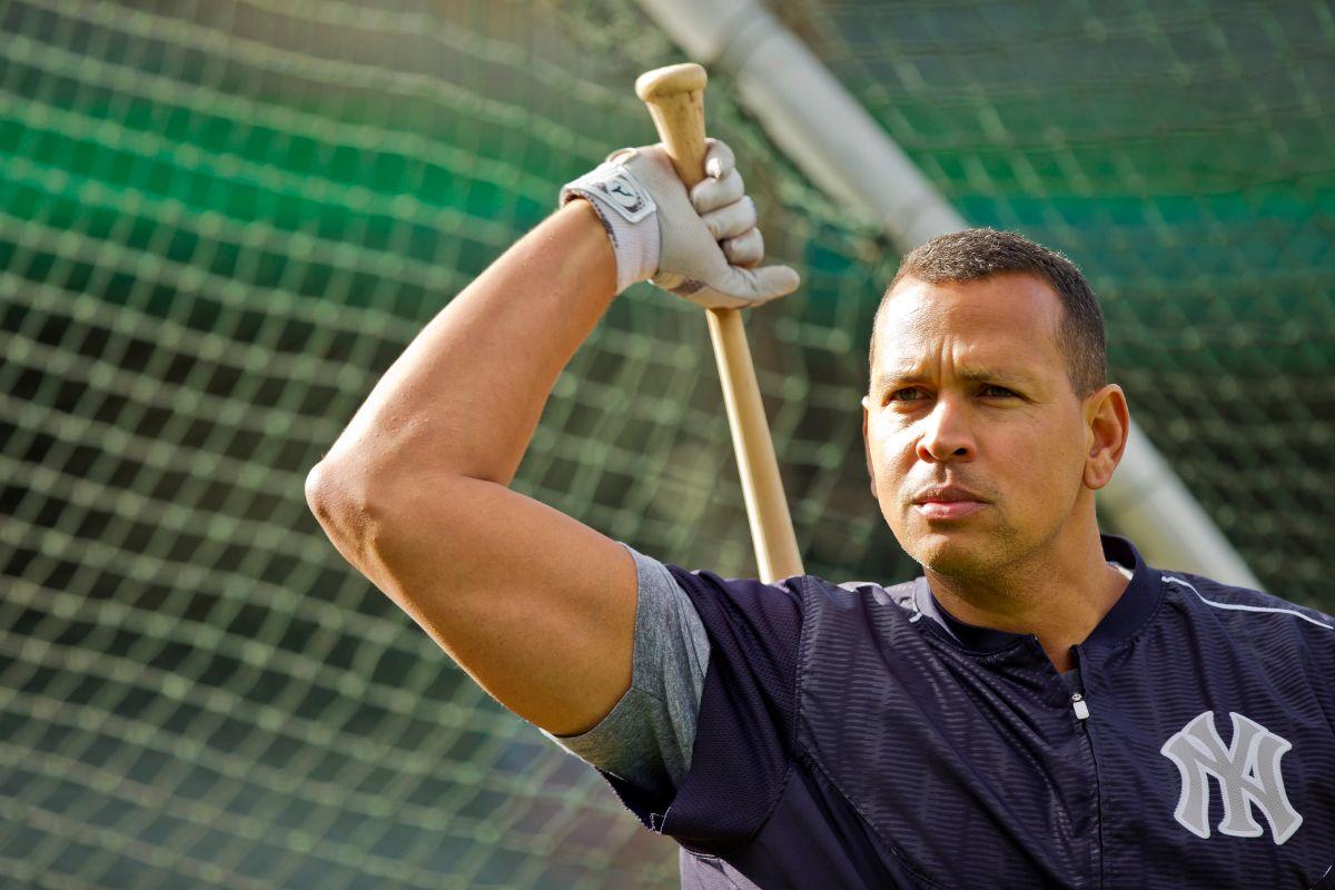 A-Rod regresa al roster de los Yankees.