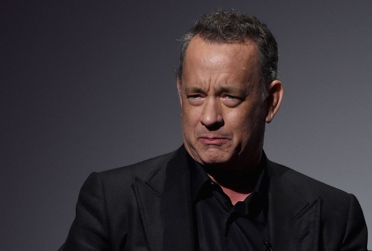 """En una entrevista con la BBC, el actor Tom Hanks habló del """"vocabulario de la soledad"""" que lo persiguió durante su infancia y adolescencia."""