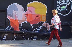 El beso entre Putin y Trump que se hizo viral