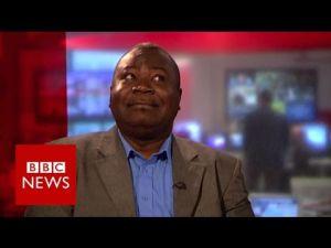 Diez años desde que este hombre fue entrevistado en la BBC por error