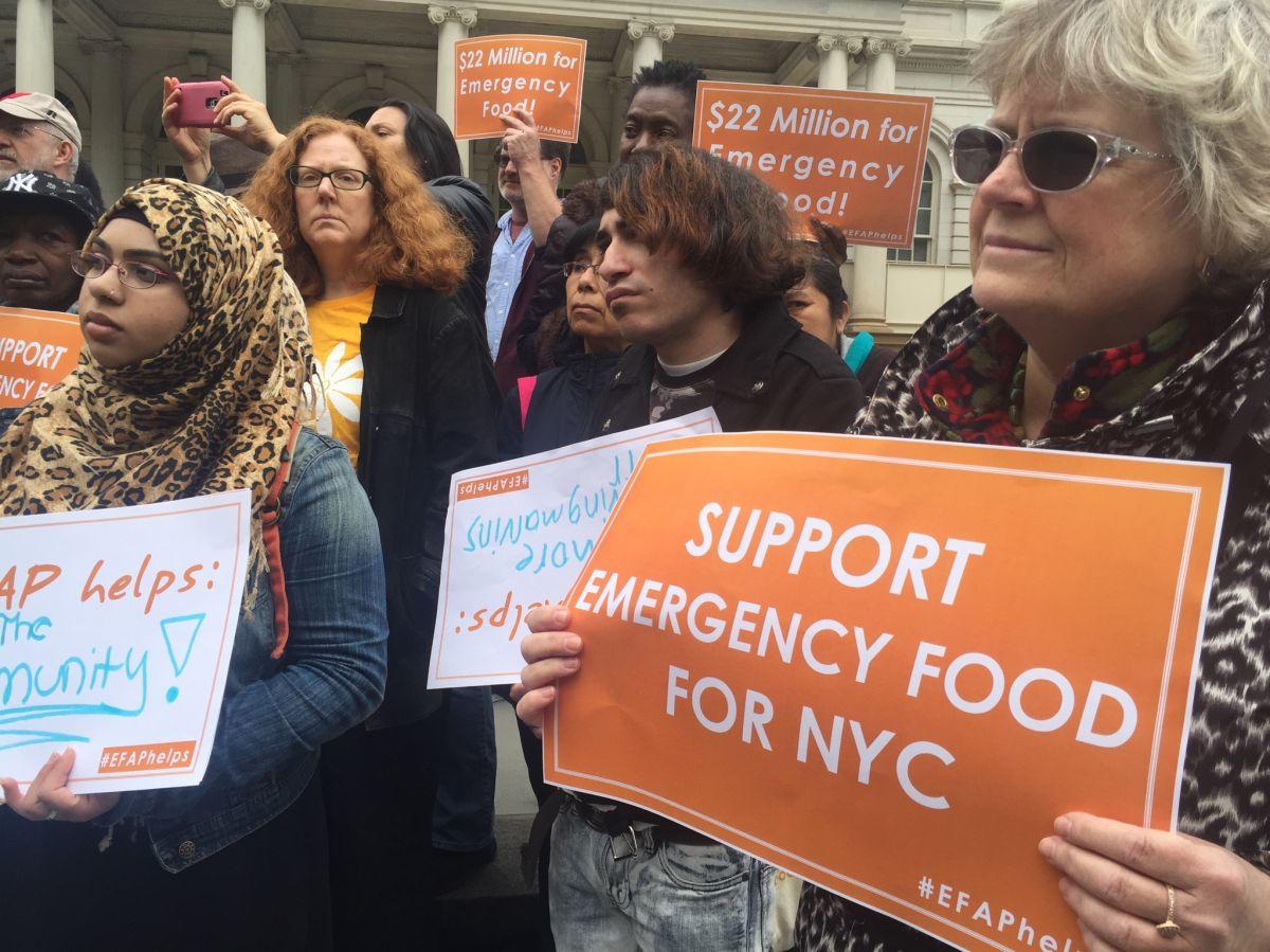 Concejales piden 22 millones para frenar el hambre en Nueva York