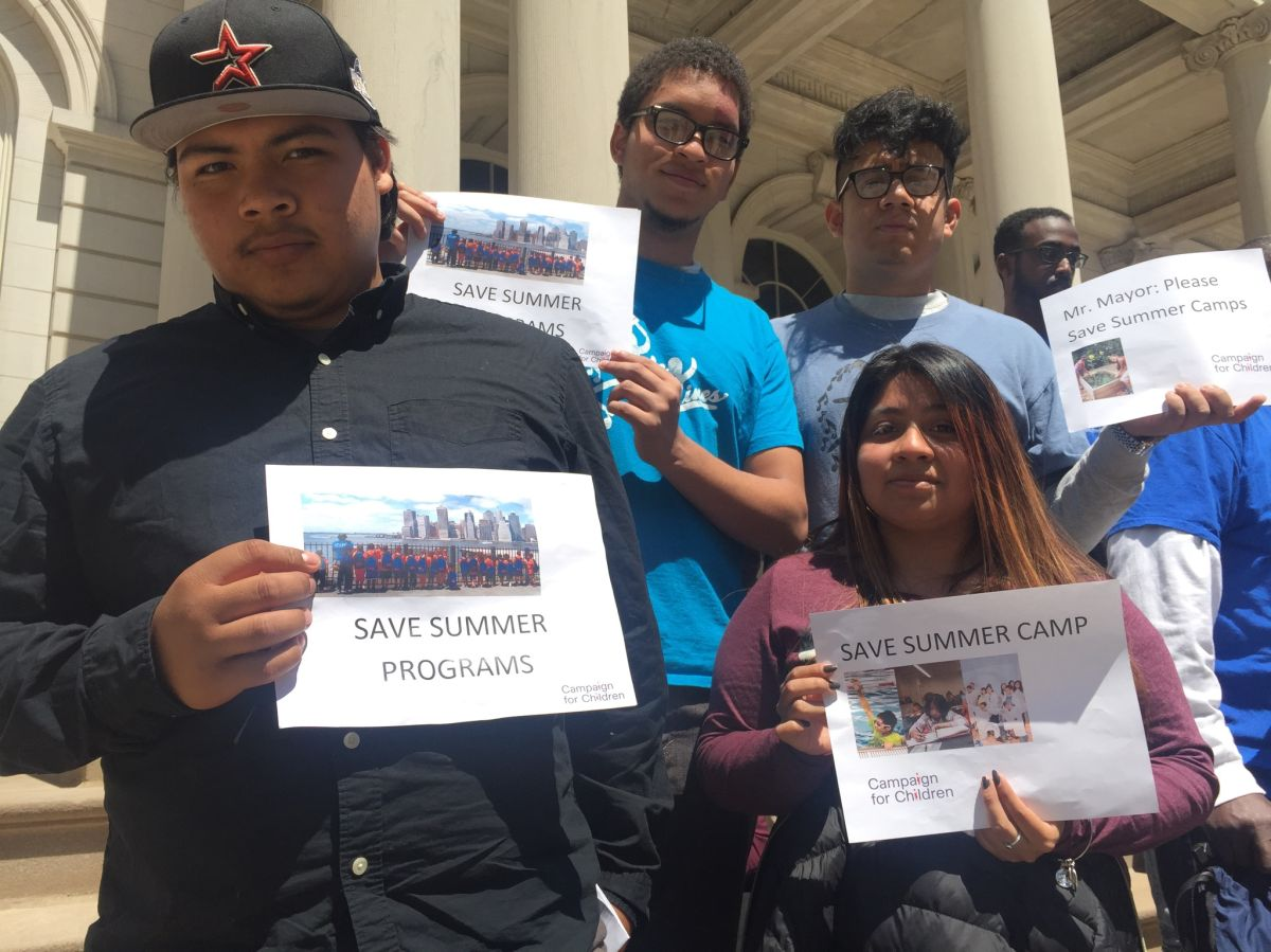 Jóvenes piden que se restauren recursos para programas de verano