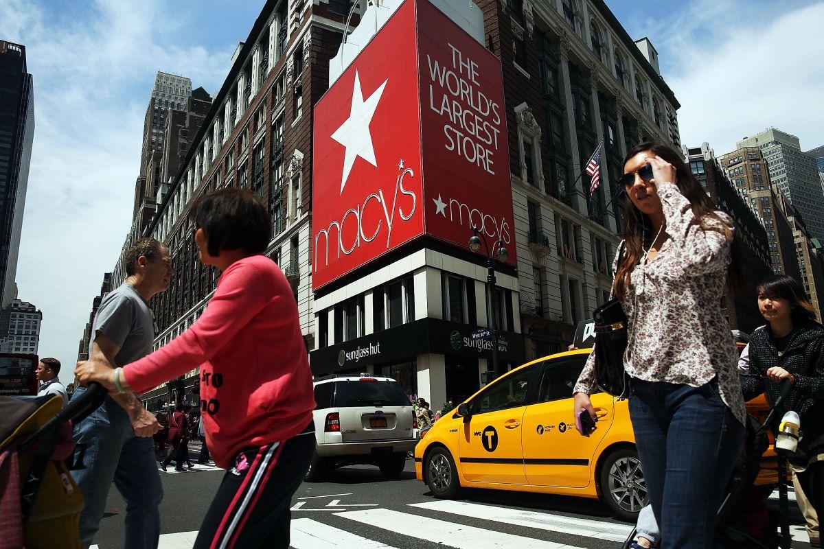 Macy's y Kohls despiden temporalmente a cientos de miles de empleados