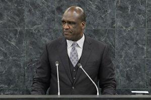MuereJohnAshe, expresidente de Asamblea ONU acusado de corrupción
