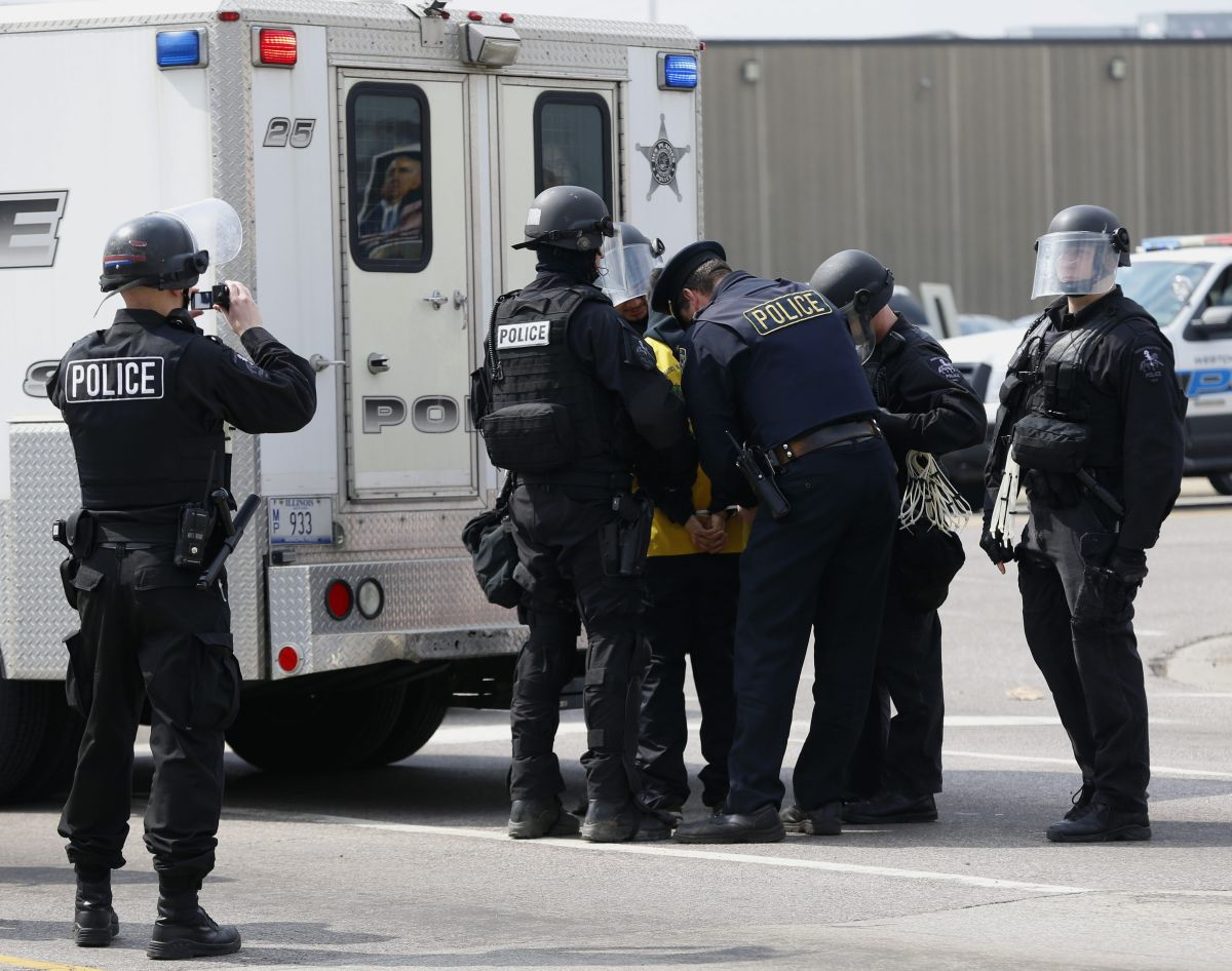 Detallan plan para frenar la violencia el verano en Chicago
