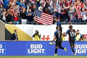Estados Unidos golea a Costa Rica y casi los echade la Copa América
