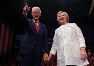 Clinton divulga su declaración de impuestos... ¿y Trump?