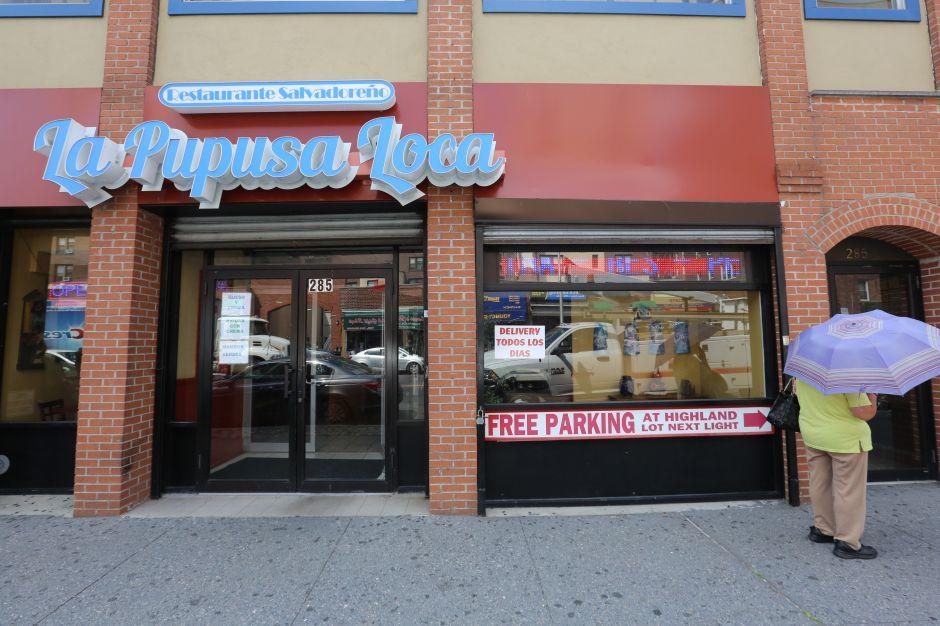 Nuestros Barrios: Lluvia de pupusas en Yonkers