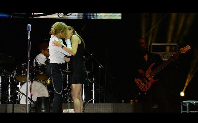 """Las dos cantantes mexicanas se conocieron en el programa """"La Voz""""."""
