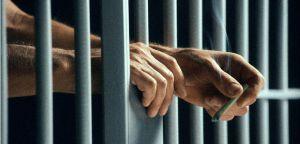 Demandan a empresa por negligencia contra prisioneros