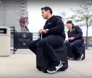 Mira la maleta que te lleva a tiempo hasta el avión