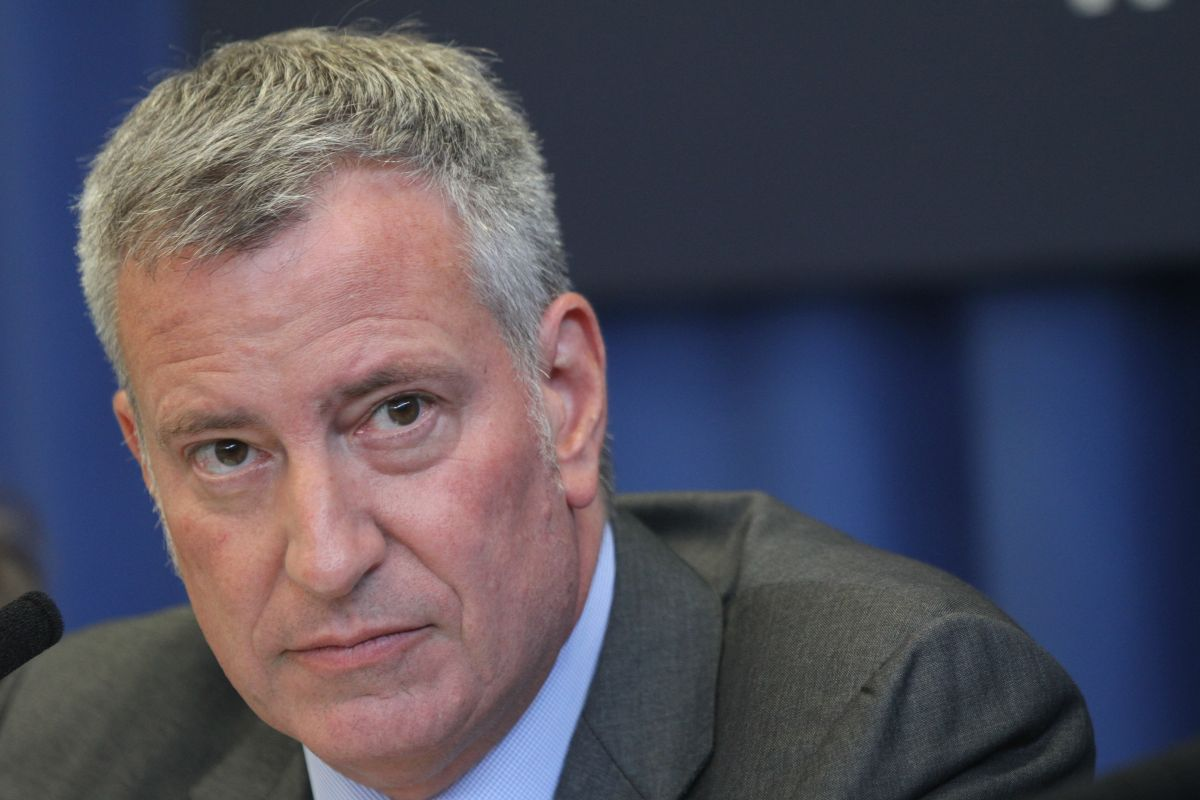 Alcalde de NYC se libra de cargos federales por recaudación de fondos de campaña