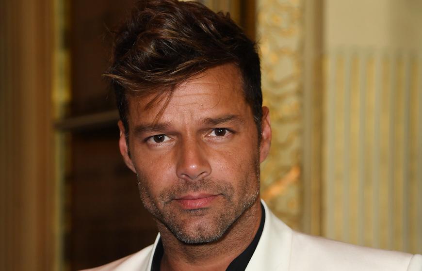 El Padre de Ricky Martin ingresado en condición crítica