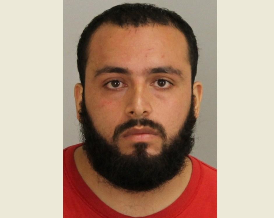 Ahmad Khan Rahami enfrentará cargos federales por los explosivos detonados en NYC y NJ.