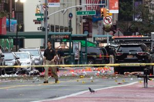 Cierres de calles y estaciones de metro por explosión en Chelsea