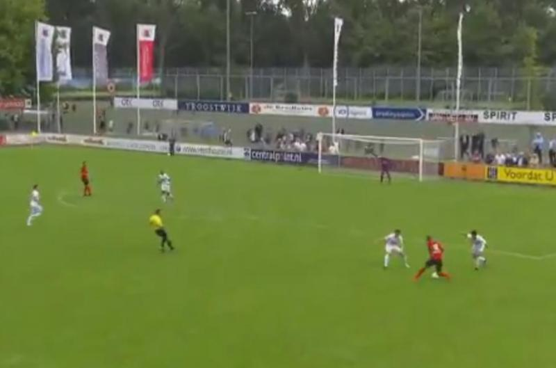 Video: Joya de gol 'a lo Messi' en la tercera división holandesa, digna de contender por el Puskas