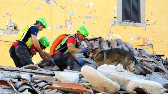 ¿Cómo el bicarbonato de sodio ayuda a sobrevivir en un terremoto?