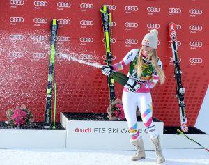 Foto: La esquiadora más bella del mundo se desnuda para promocionar su libro