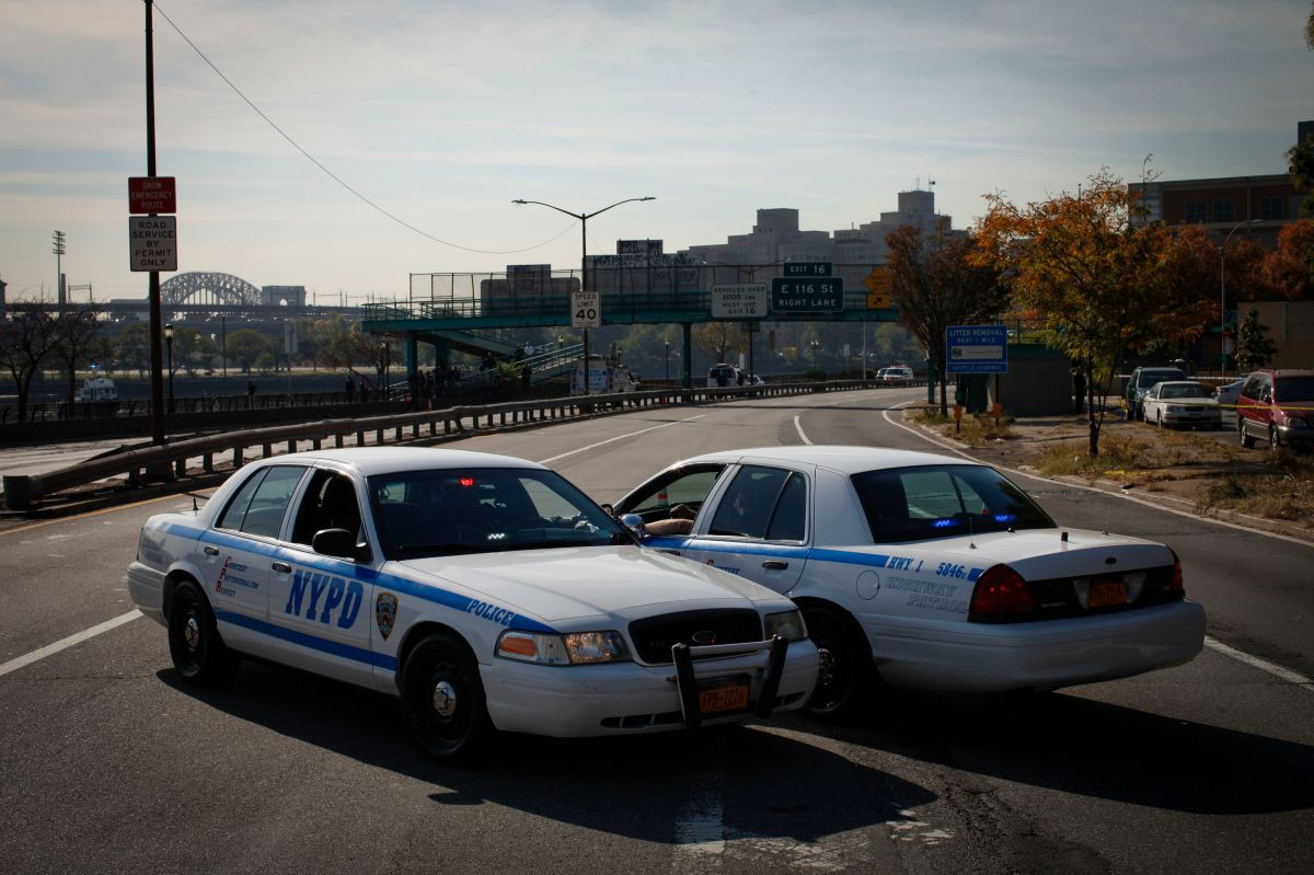 Escoltas del alcalde De Blasio evitaron suicidio de mujer en East River