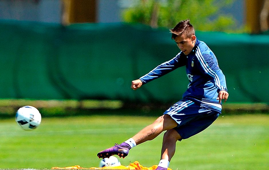 """Paulo Dybala: """"Es difícil jugar con Messi"""""""