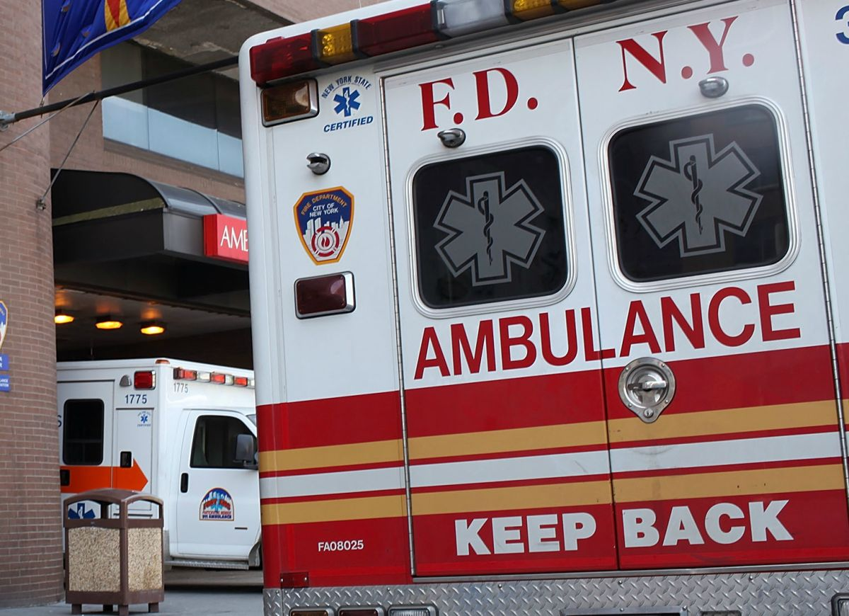 Pánico y emergencias por coronavirus superan llamadas a 911 tras ataques terroristas de 2001: ambulancias tardan horas en llegar