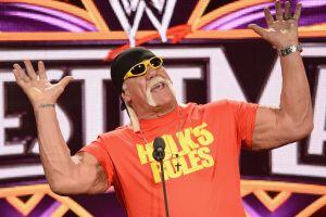 Hulk Hogan reaparece en el cuadrilátero de la WWE