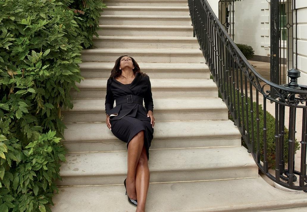 Michelle Obama se despide con elegancia y sensualidad