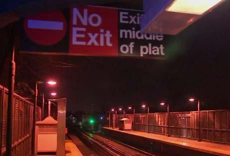El menor brincó a la plataforma de la estación de New Lots, en Brownsville.