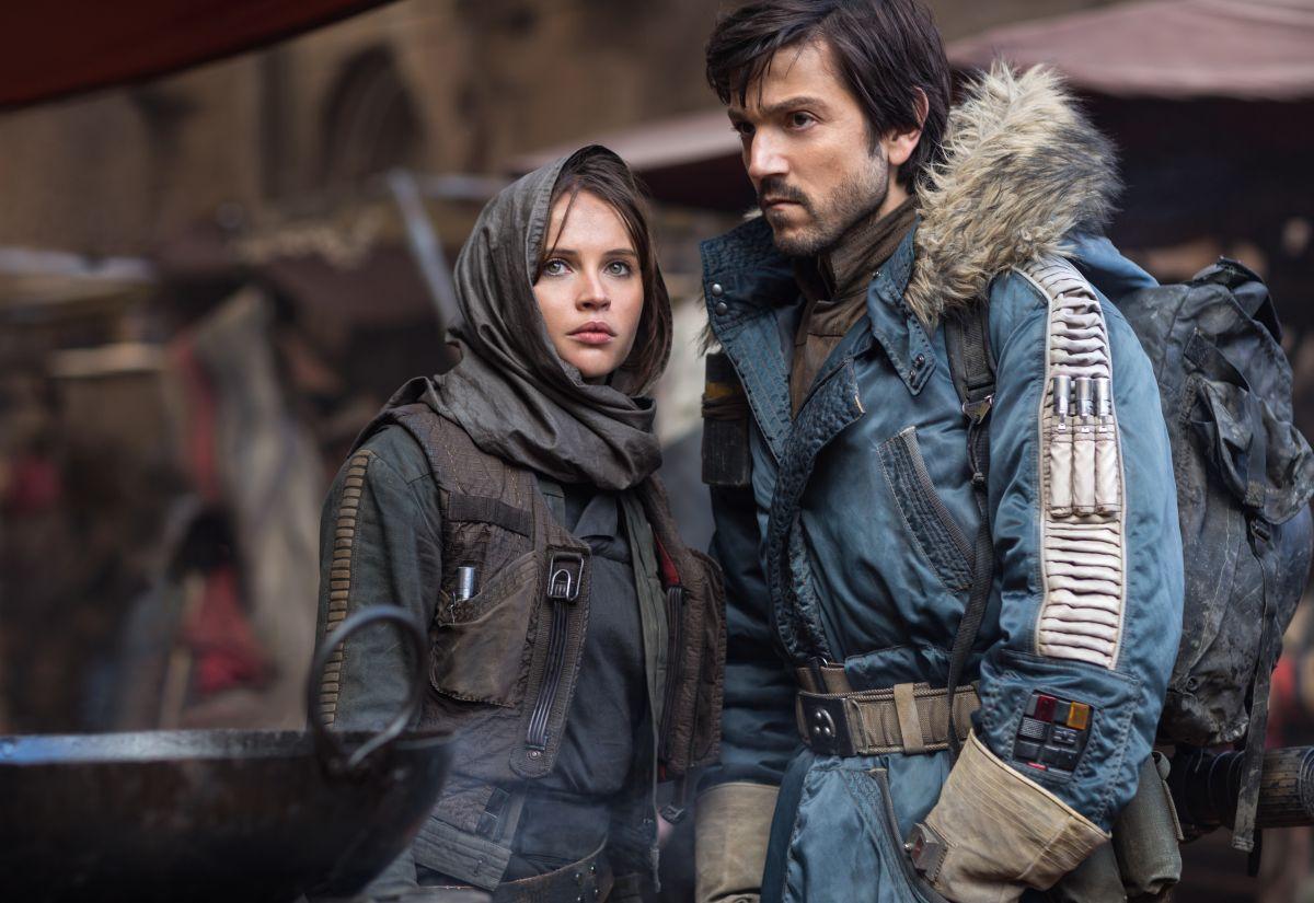 """Jyn Erso (Felicity Jones) y Cassian Andor (Diego Luna) son los protagonistas de """"Rogue One""""."""