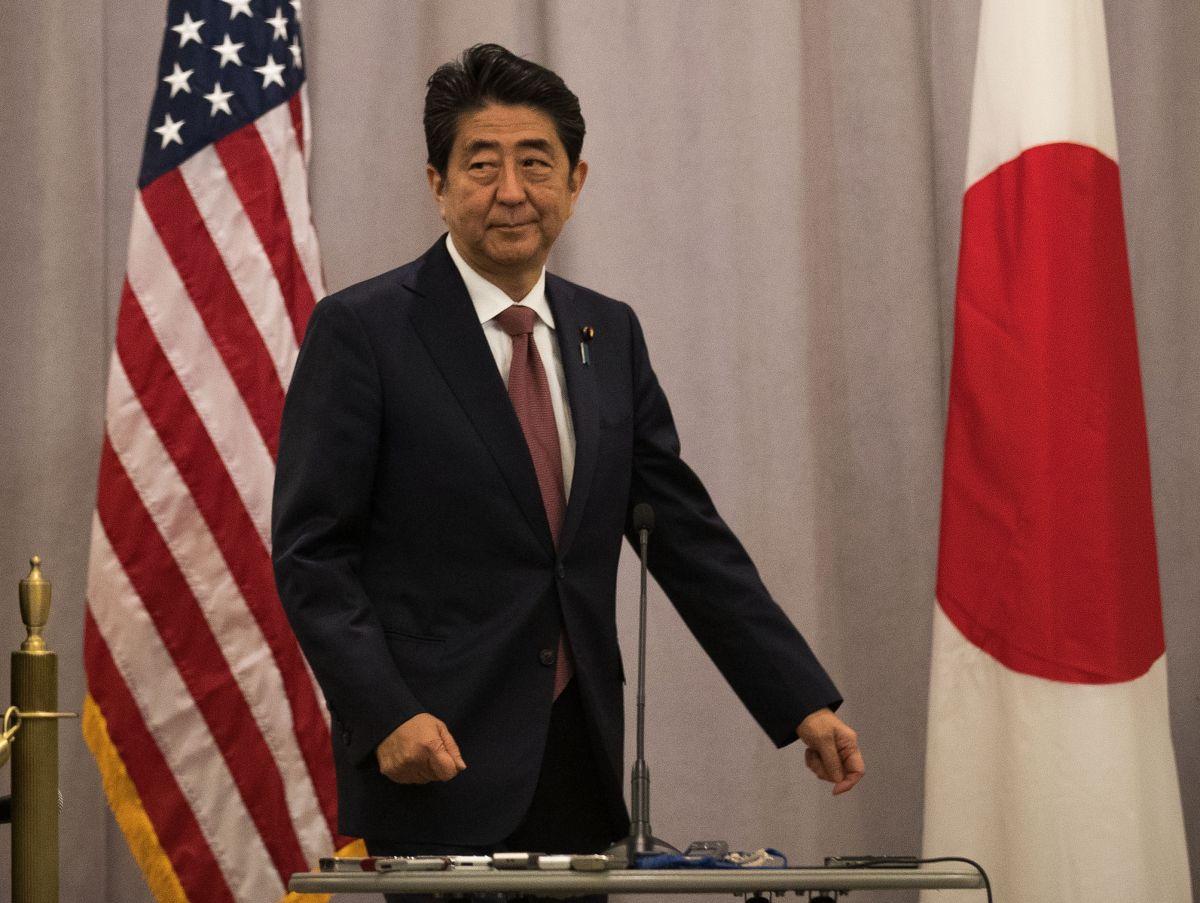 Shinzo Abe será el primer mandatario japonés que visite Pearl Harbor tras 75 años.