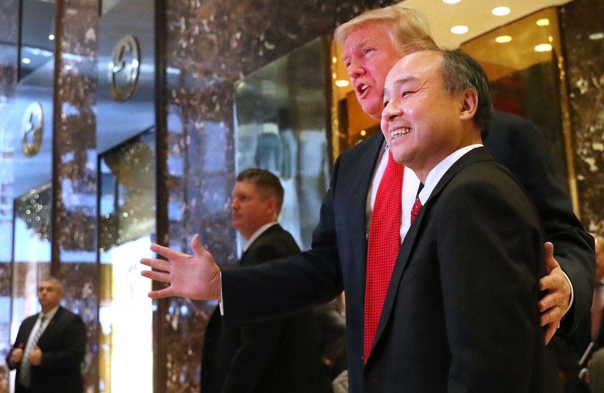 Donald Trump y Masayoshi Son, CEO de SoftBank.
