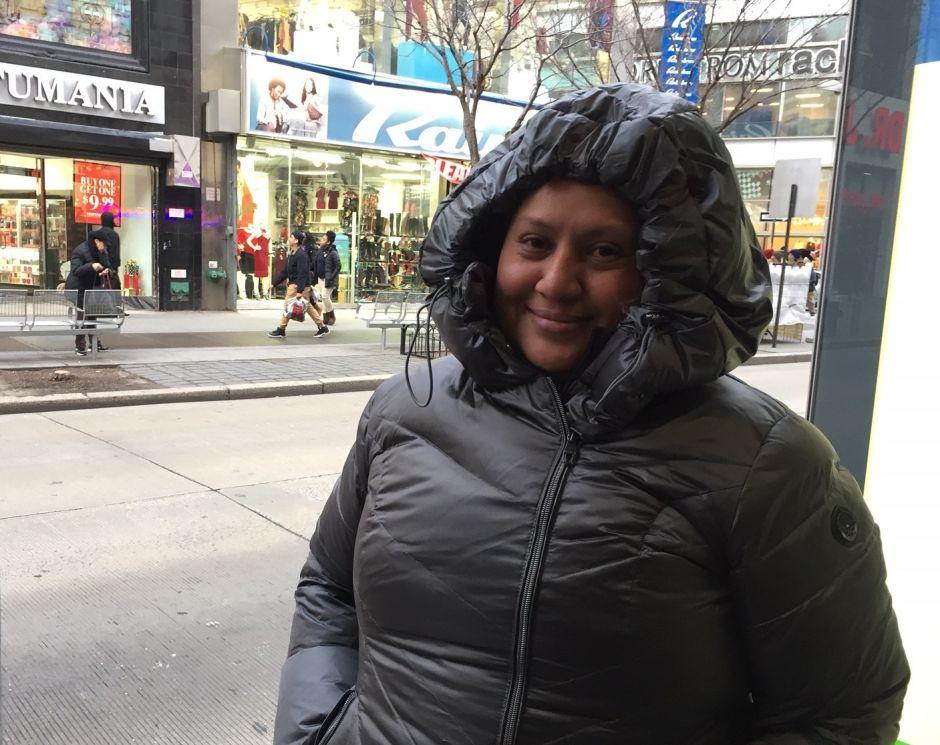 Urgen a neoyorquinos protegerse contra el frío extremo