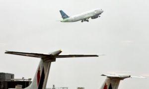 Tráfico aéreo de Nueva York establece nuevo récord con 138 millones de pasajeros anuales