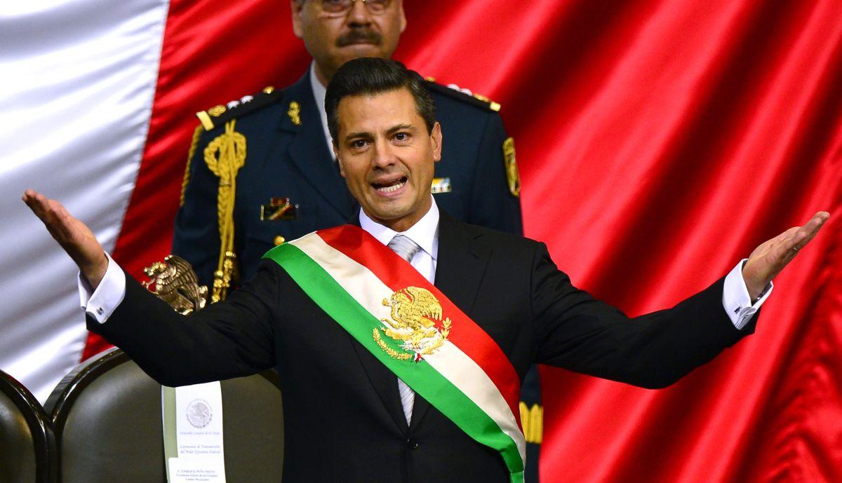 El presidente Enrique Peña Nieto recibirá 425 mil 478 pesos de bono de fin de año.